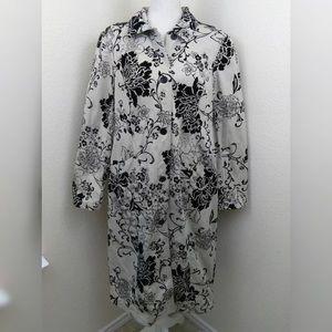 Newport News 14 Large jacket coat black beige